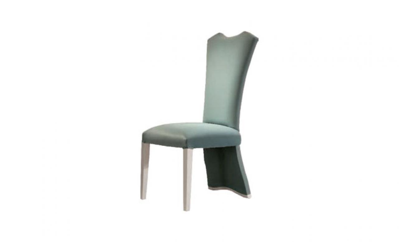 313 Sandalye