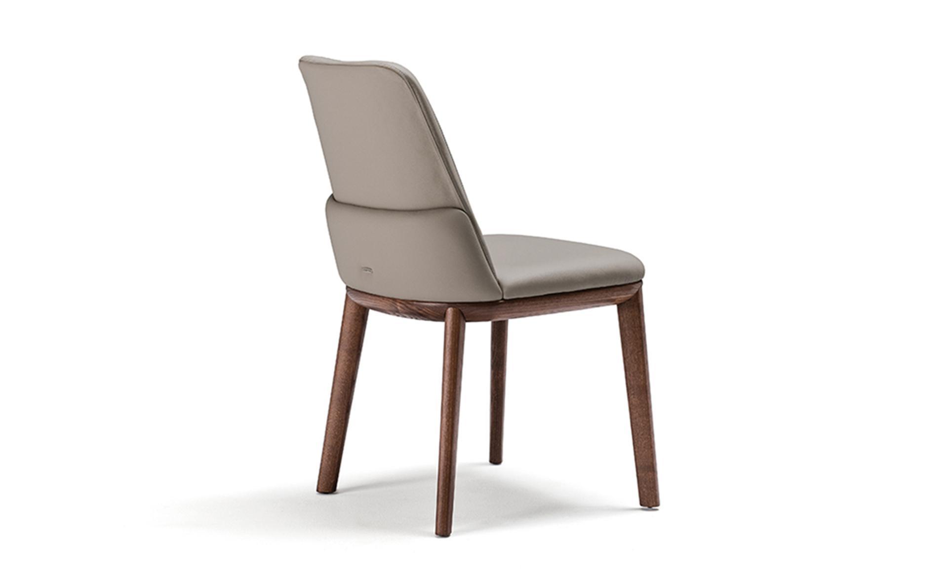 342 Sandalye